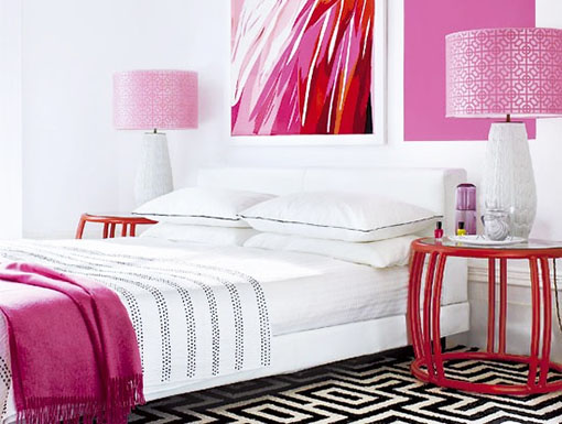 Розово-белый интерьер
